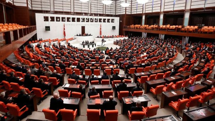 Meclis'te 'Kandil'e mesaj gönderdin' tartışması