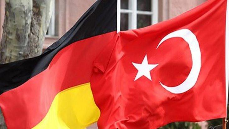 Almanya'dan 'Nazi' çıkışı: Bizim de bir gururumuz var!
