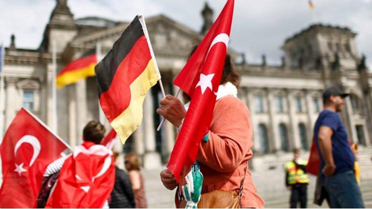'Almanlar Nazi'dir lafı yalama oldu!'