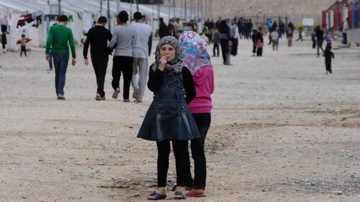 100 bin Suriyeli El Bab'a gönderilecek