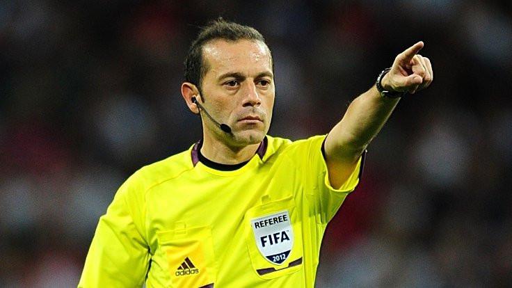 FIFA'dan Cüneyt Çakır'a yeni görev
