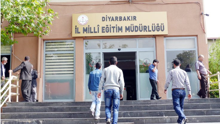 Diyarbakır Milli Eğitim Newroz'da okula gelmeyenlerin listesini istedi