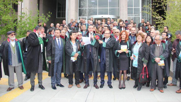Ankara Barosu 'hayır' broşürü dağıttı