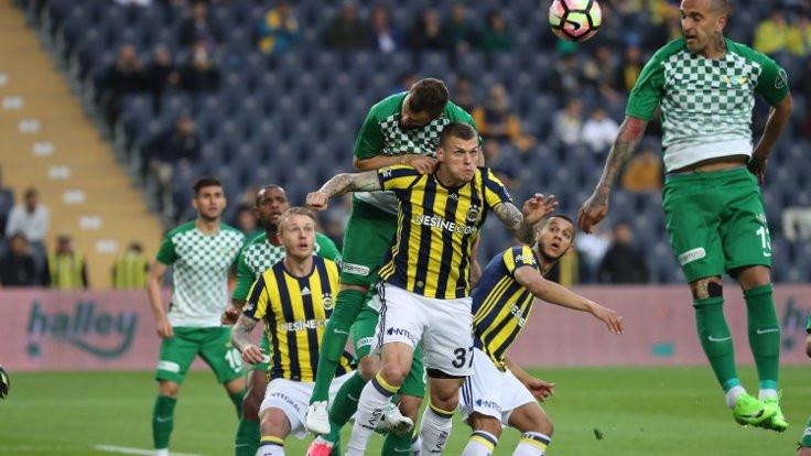 Fenerbahçe sahadan galip ayrıldı