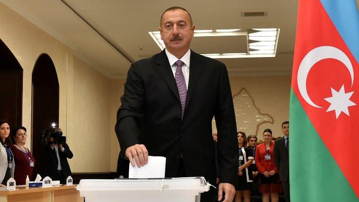 Azerbaycan'dan Avrupa'ya rapor rüşveti