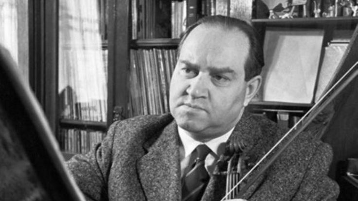 Atatürk'ün tabakası Rusya'da dizi olmuş