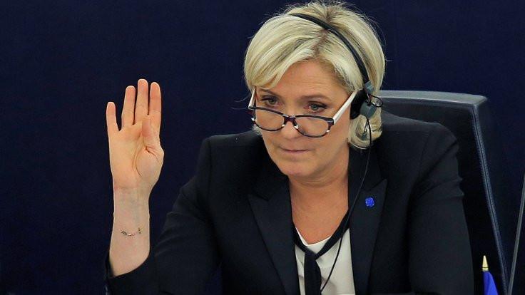 Le Pen'den Trump'a Suriye uyarısı