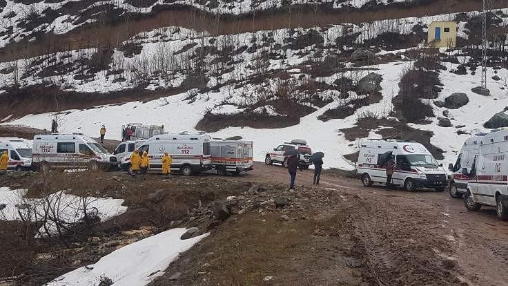 Düşen helikopterdeki 12 kişi yaşamını yitirdi