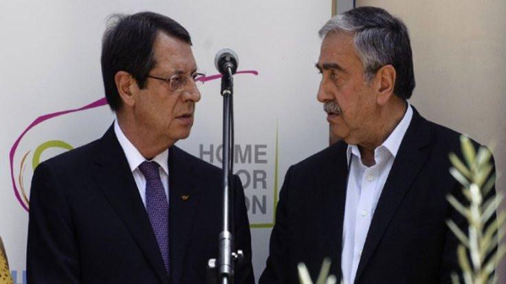 BM, Kıbrıs'ta mekik diplomasisine başladı