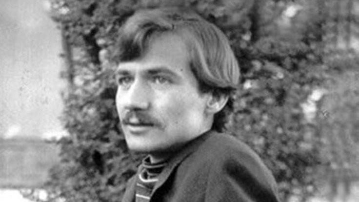 Zeki Müren'i seven devrimci şair