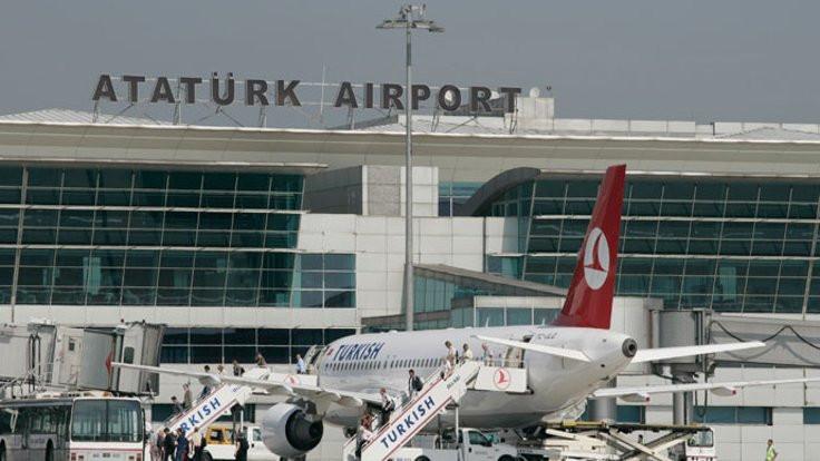 Atatürk Havalimanı'nda 'köpek' krizi!
