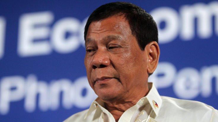 Filipinler lideri Duterte: Erdoğan kararsız