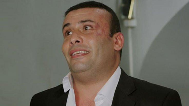 İzmir Marşı'na küfür etti, diziden çıkarıldı