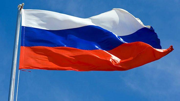 Ruslar geliyor; ama güvenmiyor!