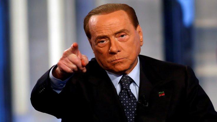 Covid'e yakalanan Berlusconi: Hastalık cehennem gibi, viral yükte 1 numaraymışım
