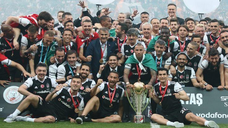 Şampiyon Beşiktaş, kupasını aldı - Sayfa 4