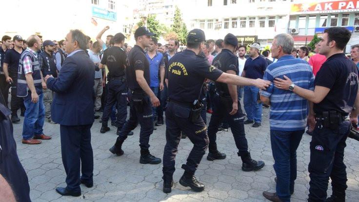 CHP'lilerin yürüyüşüne saldırı girişimi