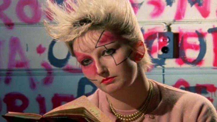 Kraliçe punk oldu!