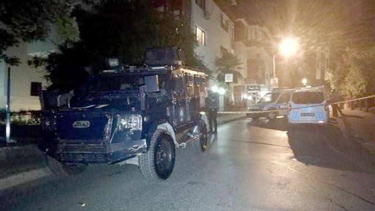 Kadıköy'de polis baskını: 1 ölü
