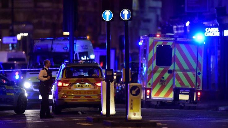 Londra'da iki ayrı saldırı