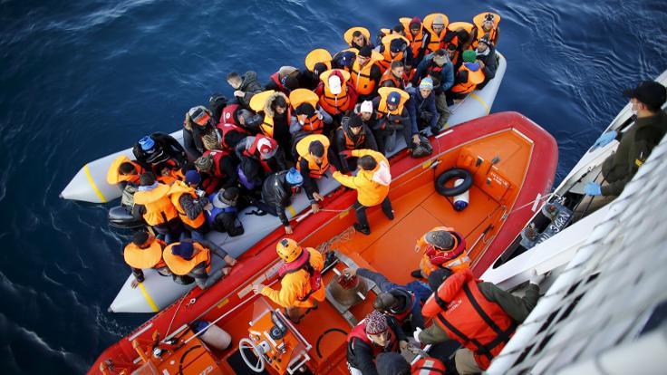 'Türkiye mültecilerinin en önemli sorunu statüsüzlük'