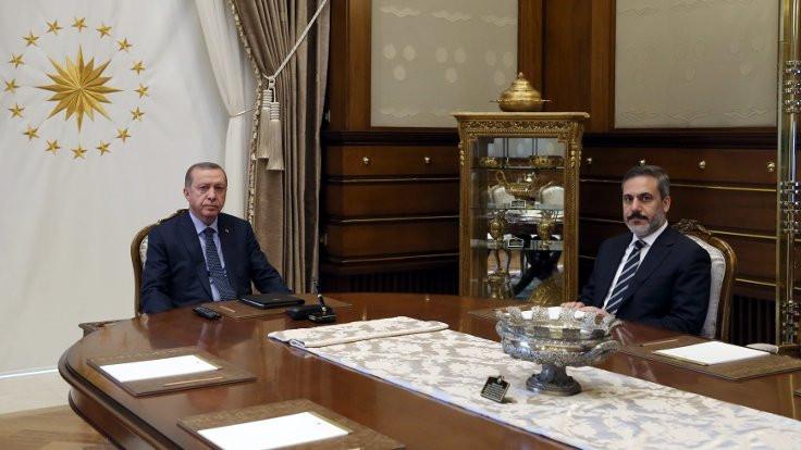 Cumhurbaşkanı Erdoğan, Fidan ve Akar'la görüştü