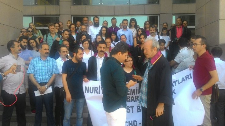 'Avukat Ebru Timtik ve Barkın Timtik serbest bırakılsın'