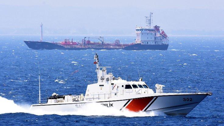 Ege Denizi'nde 'bot dalaşı'