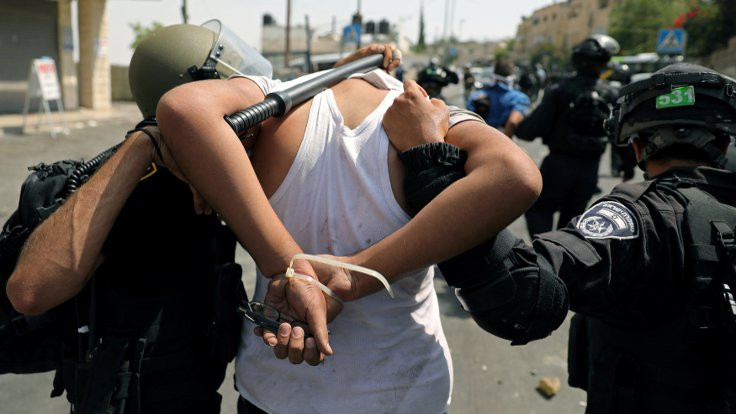 'Filistin halkına karşı aşırı devlet şiddeti bir ırkçılık türüdür'