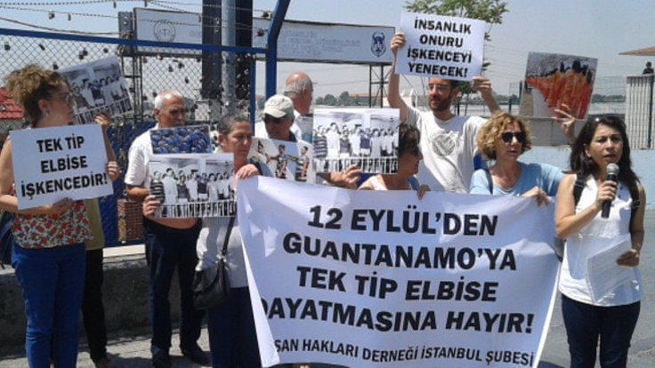 '12 Eylül'den Guantanamo'ya hayır'