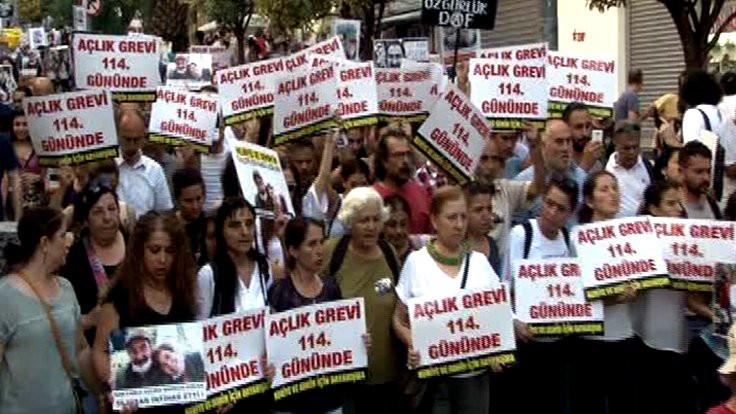 Kadıköy'de Gülmen ve Özakça'ya için destek eylemi