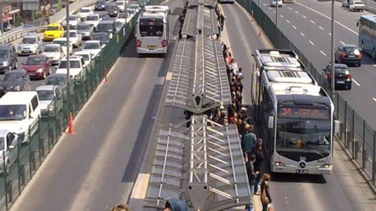 Metrobüs üzerinde seyahate ceza