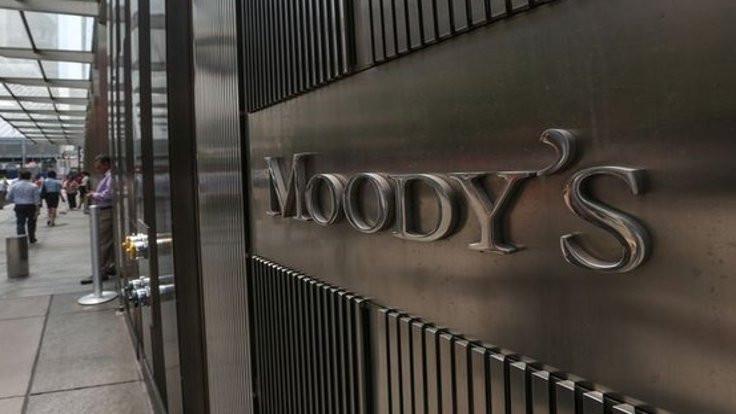 Moody's 11 şirketin kredi notunu düşürdü