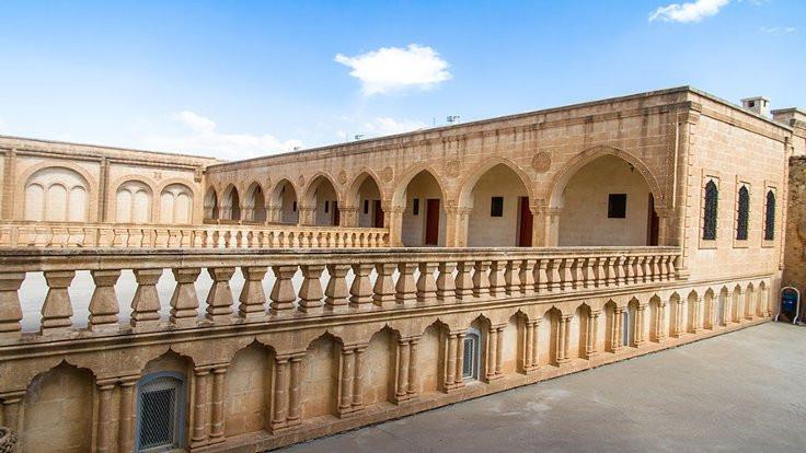 Manastırların Diyanet'e tahsisi iptal