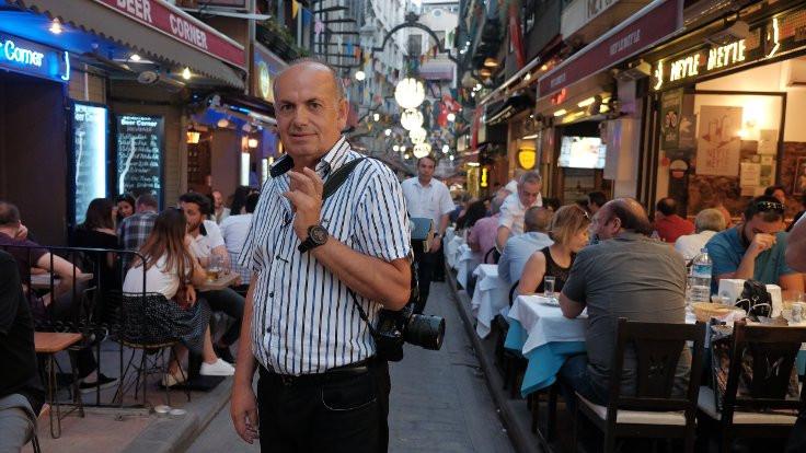 30 yıllık fotoğrafçının selfie'yle rekabeti
