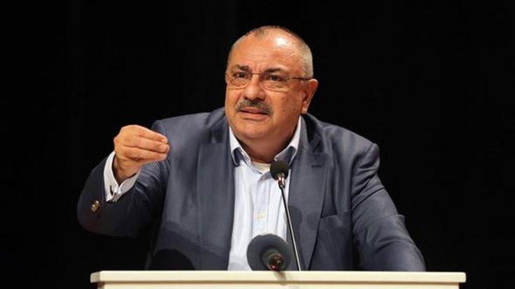 Türkeş: Sarhoşların seviyesine inmem