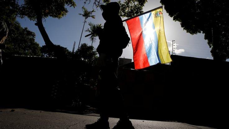 Venezuela niçin battı?