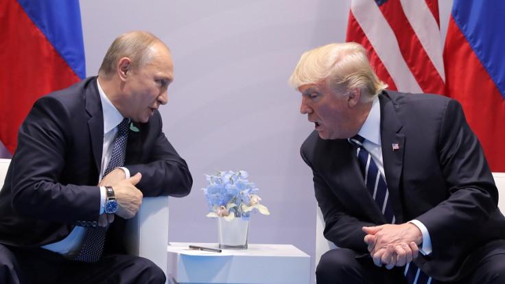 Putin ve Trump ilk kez yüz yüze görüştü