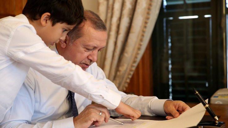 'Mesai arkadaşım torunum Ömer Tayyip'