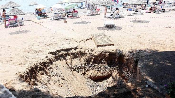 Halk plajında çukur açıldı
