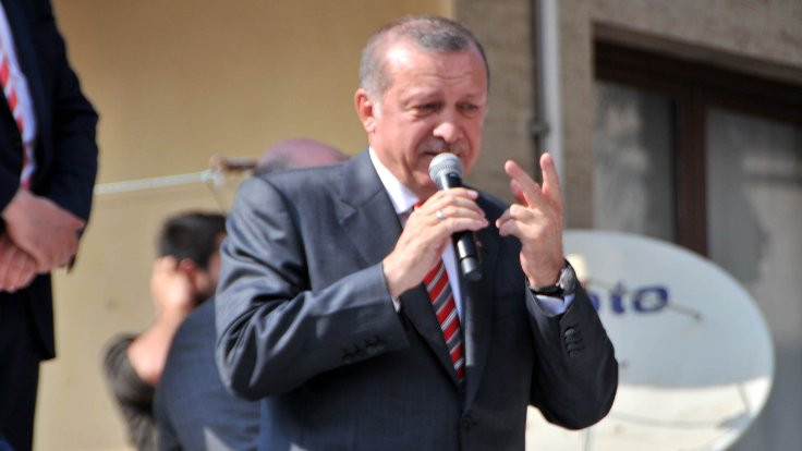 Erdoğan: Bak Kanuni'yi de Trabzonlu yaptım