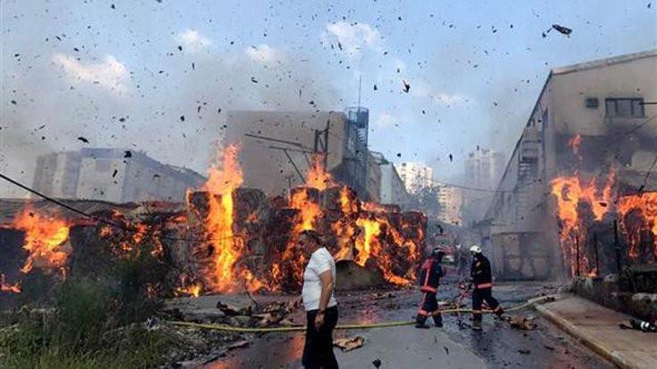 Halkalı'da fabrika yanıyor