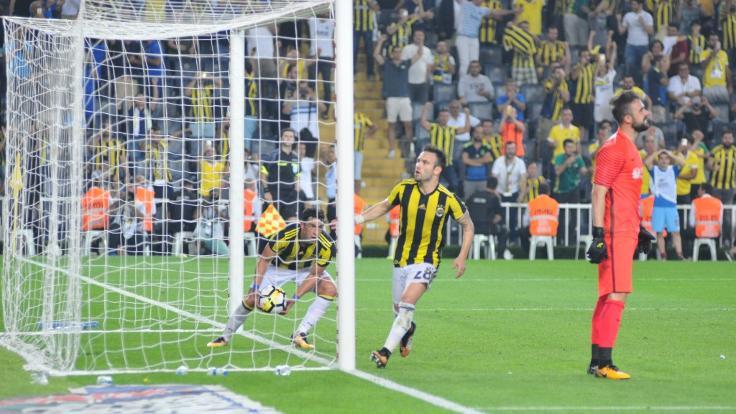 Fenerbahçe evinde 1 puana razı oldu