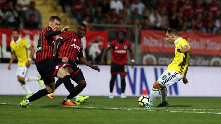 Fenerbahçe 3 puanla dönüyor
