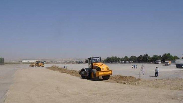 Kayyım Newroz alanını imara açtı