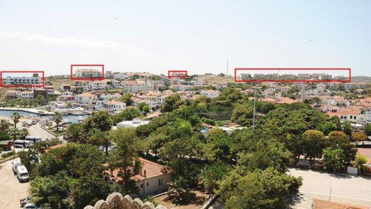 Bozcaada'da silueti bozan yapılara tıraş