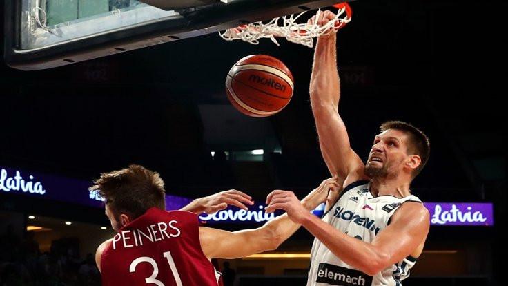 EuroBasket'te ilk yarı final belli oldu