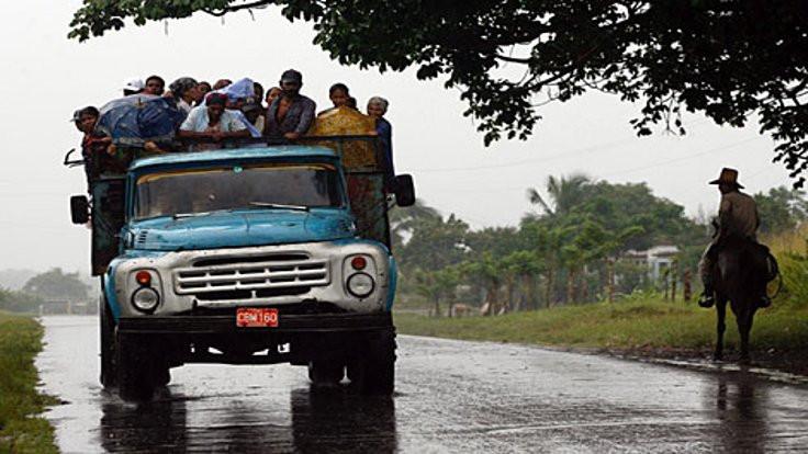 Kasırga, Küba ve Fidel