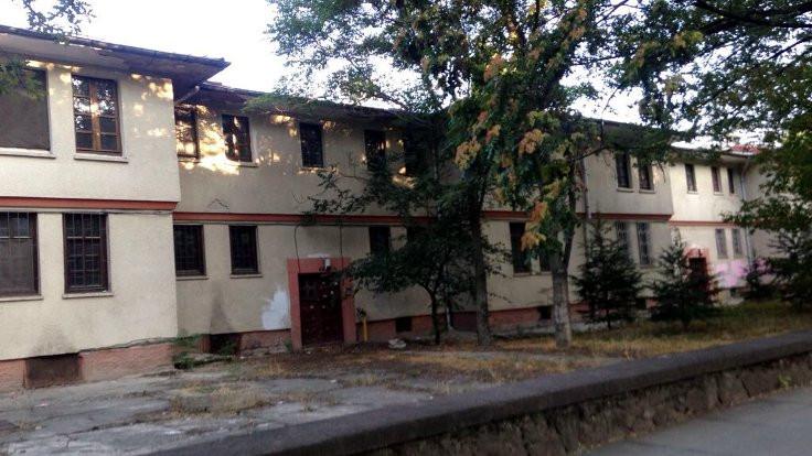 Saraçoğlu Mahallesi: Kamusal olanın kamusallaştırılması mekânı