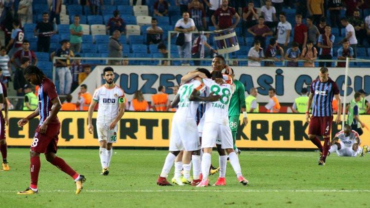 Aytemiz Alanyaspor, 3-0'dan geri döndü
